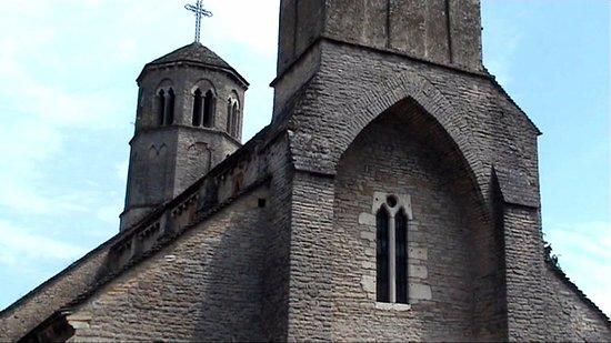 Saint-Albain, France : Eglise incroyable