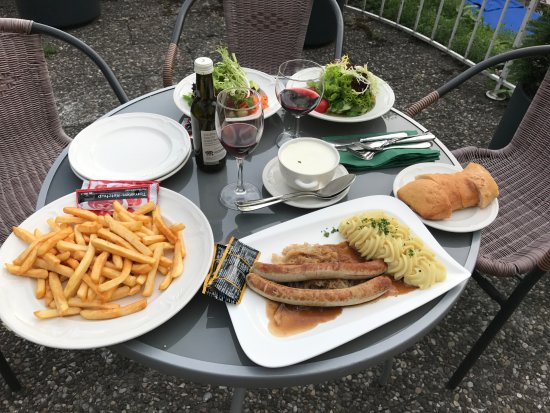 Hotel Müller Restaurant Acht-Eck: Take out dinner out on our private balcony
