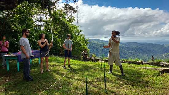 San Juanillo, Costa Rica: Archery for the Family