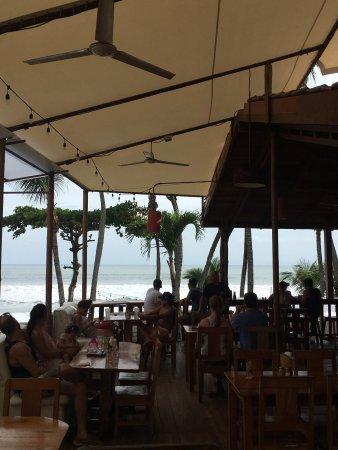 Playa Hermosa, Costa Rica: Buena comida, buena vista