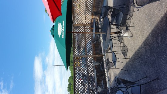Jordan, MN: Clancy's Bar & Restaurant