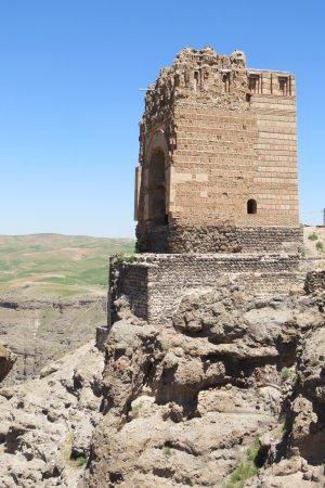 Maragheh, Iran: Zohhak Tower (Qala-ye Zahhak), Hashtrud, Azerbaijan iranien
