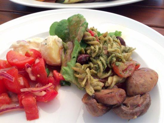 Hünibach, Suisse : Super Essen mit super Service. Vielen Dank Hr. Sonderegger unser Hochzeitstag hatte ein schöner