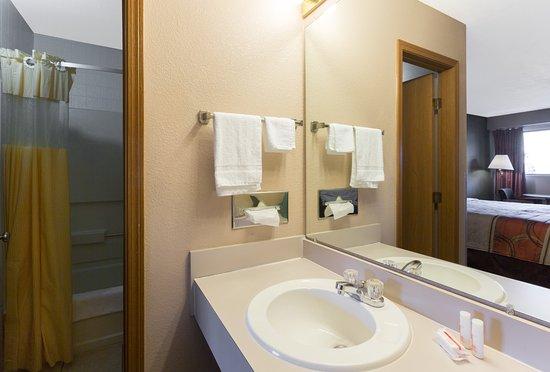 Mount Vernon, Κεντάκι: Bathroom