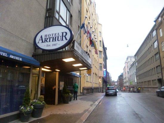 Arthur Hotel: The outside