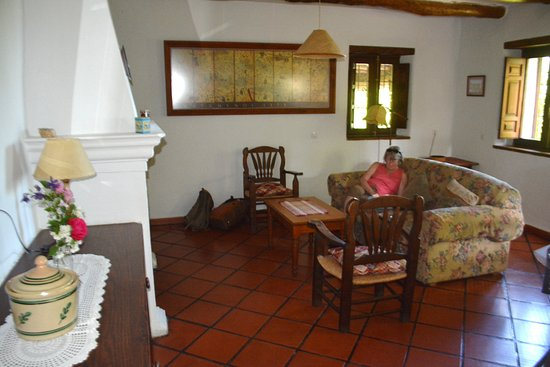 Pitres, Spain: The large 'living' room with fireplace.