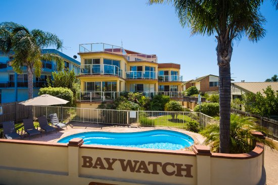 Baywatch Luxury Apartments Photo General Directly Facing The Main Lake