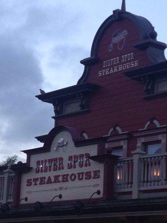 Silver Spur Steakhouse: photo0.jpg