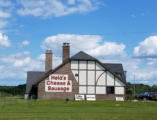Slinger, WI: lots of good cheese