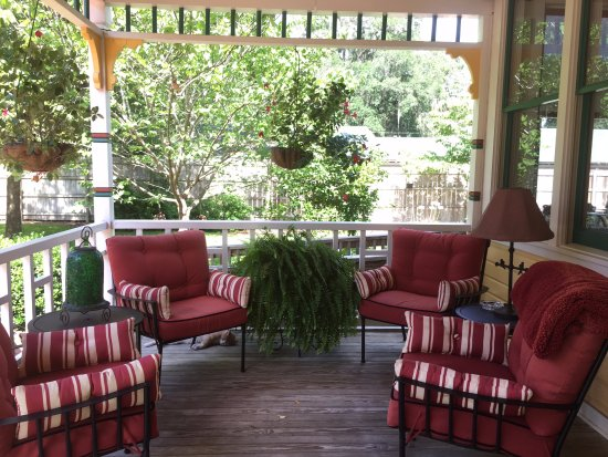 The Laurel Oak Inn: Porch gathering spot
