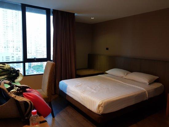 Bangkok City Hotel: 20170617_194632_large.jpg