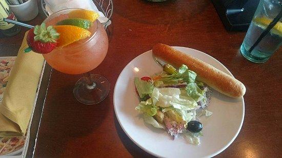 Peach Sangria Garden Salad Picture Of Olive Garden Bagley Rd Middleburg Heights Tripadvisor