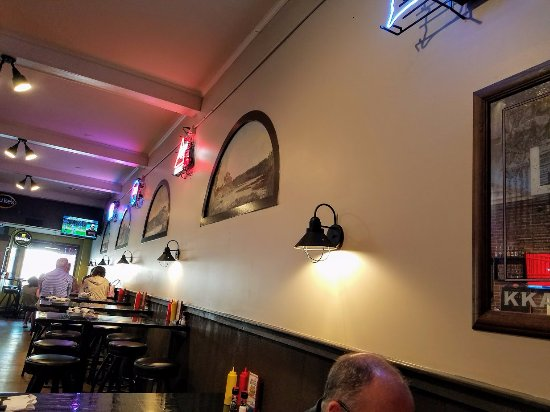 Oblique View Of Historic Wall Murals Picture Of Kkatie S Burger