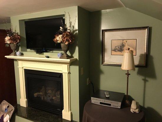 Ivy Lodge: photo1.jpg