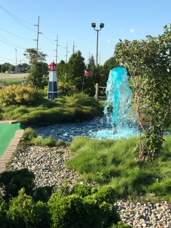 Perry Falls Mini Golf
