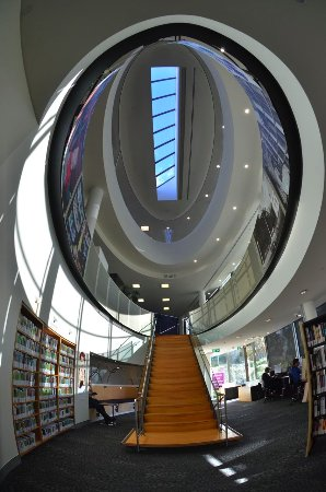 Wagga Wagga, Avustralya: What a beautiful library, full of friendly and helpful staff.