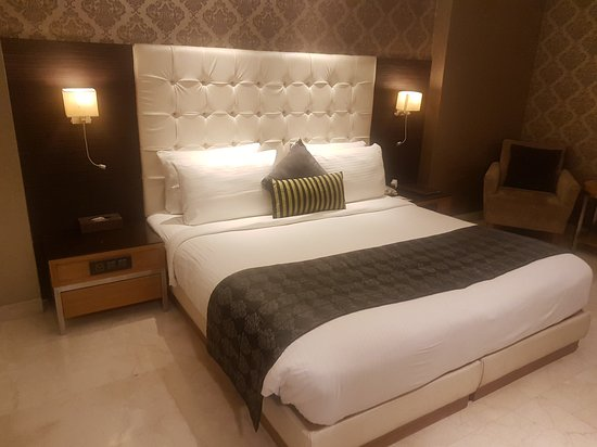 The Allure - A Boutique Hotel: 20170701_210250_large.jpg
