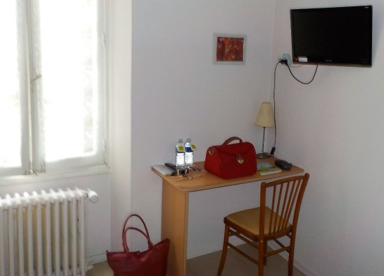 Côté Bureau Et Télévision écran Plat Picture Of Les Cordeliers