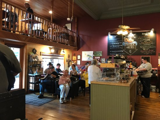 Blairsville, PA: Quaint Coffee shop where everyone is welcome & gathers! Wide variety of coffees, lattes, frozen