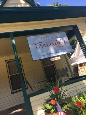 Friendship House: photo1.jpg