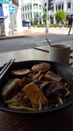 Nice Eating Place for Good Fix of Duck Rice/Noodle