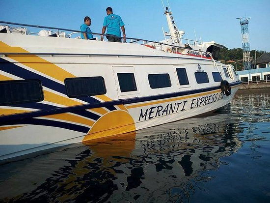 Padangbai, Indonesia: Meranti express Fast Boat To three Gilis Island & Lombok/including p&d shuttle bus to drop point