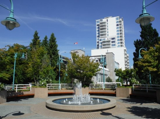 Nanaimo, Canada: VIEW OF CITY FROM HARBOURFRONT