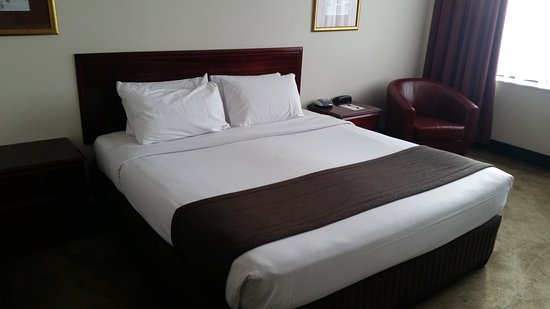 Fountainside Hotel: 20170630_135213_large.jpg