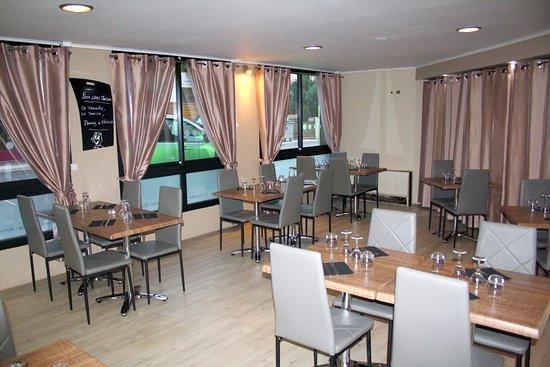 L 39 instant plaisir perpignan restaurant avis num ro de for Hotel perpignan avec piscine