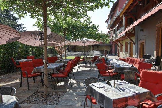 Hostellerie La Charrue: Terrasse