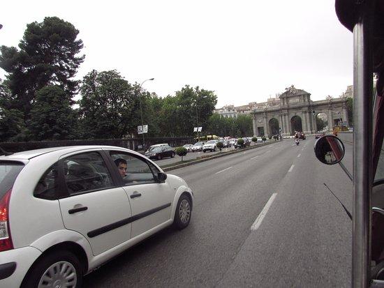 Tuk Tour Madrid: You get looks!!