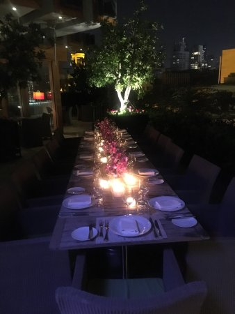 Indigo on the Roof : Diner setting
