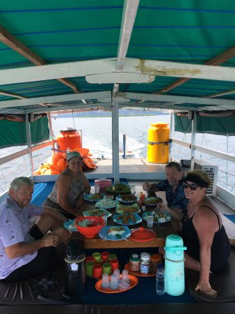 Komodo Marina Tour: Lunch on the boat.