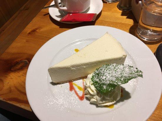 Kate Kearney's Cottage: baileys cheesecake