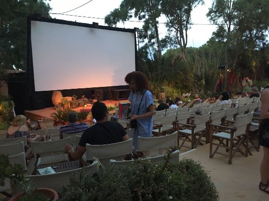 Open Air Cinema Kamari: IMG-20170626-WA0005_large.jpg