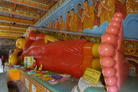 Isurumuniya Temple: DSC07085_large.jpg