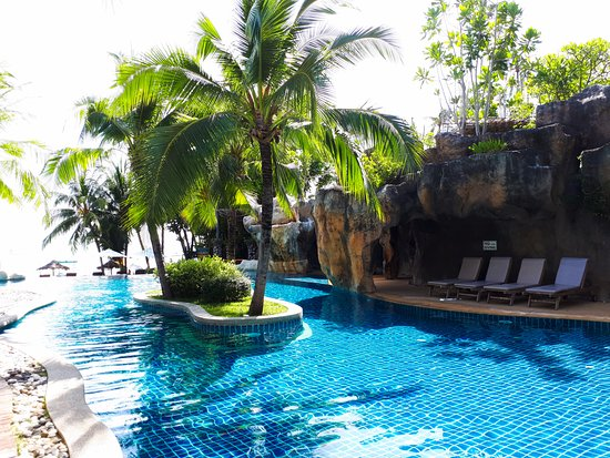 Warm Thai hospitality and calm, relaxed atmosphere