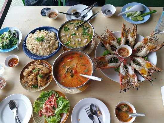 Delicious food every menu picture of ruan thai kung pao for Ayutthaya thai cuisine bar