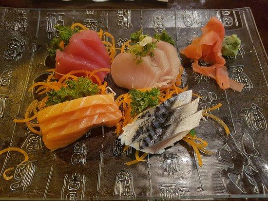 Hutchinson, MN: Mixed Sashimi