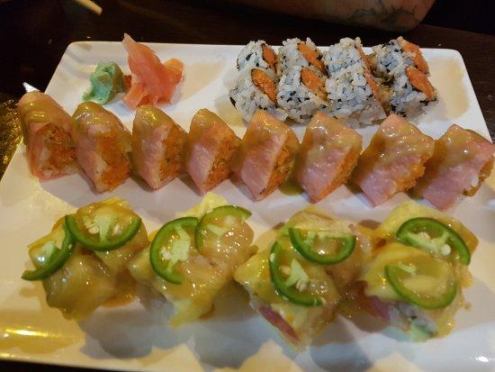 Hutchinson, Миннесота: 3 different Sushi Rolls