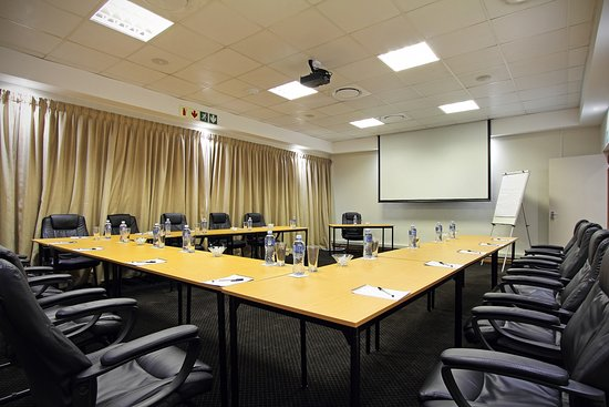 Villa Vittoria Lodge: Conference Room