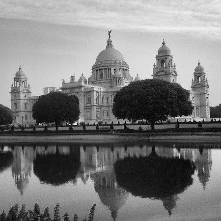 Calcutta City Guide Tour