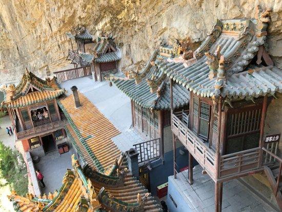 Datong, China: Hengshan Hanging Temple (Xuankong si)