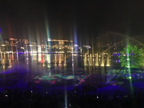 OCT Bay Water Show : photo3.jpg