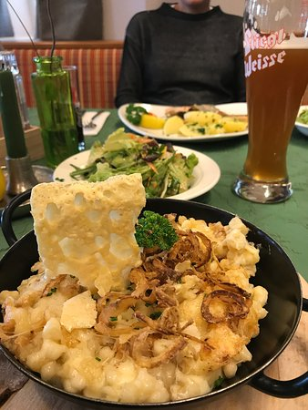 Abersee, Austria: Great traditional food.  Fast, friendly, clean service with smiles.