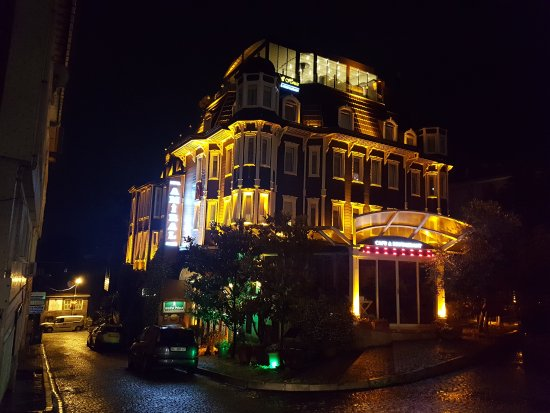 Amiral Palace Hotel: 20170619_225634_large.jpg