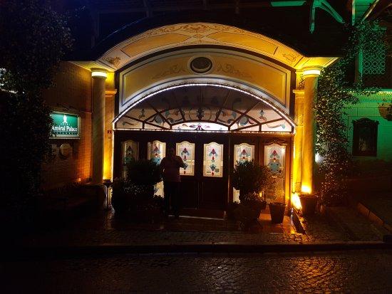 Amiral Palace Hotel: 20170619_225710_large.jpg
