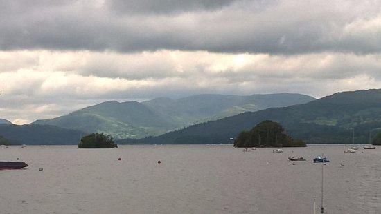 Windermere Lake Cruises: boat trip bowness to amblesde
