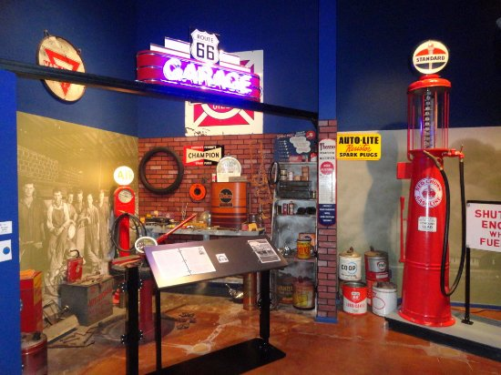 Oklahoma Route 66 Museum: Gas pumps, cans, signs, etc..