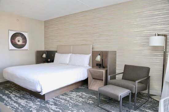 Chelsea, MA: Guest accommodations near Logan